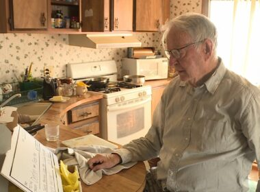 89-year-old pizza delivery driver