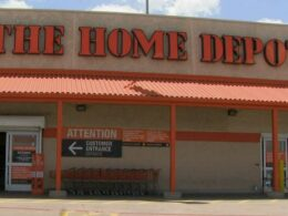 Home Depot to Give $1 Billion in Raises to its Employees: Will Invest the same Next Year