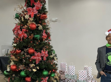 $6000 Raised by 13-Year-Old Texas Boy to Get Christmas Gifts for Kids in Homeless Shelter