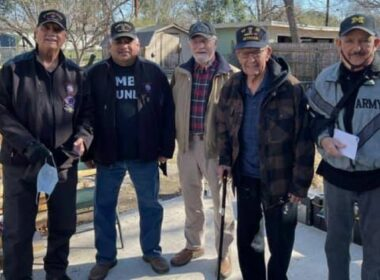 Community Steps Up To Restore House To Assist 94-year-old World War II Veteran
