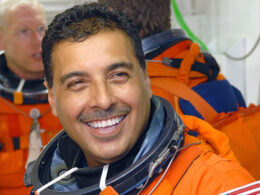 Jose Hernandez, the Farmworker turned astronaut Encourages kids not to give up