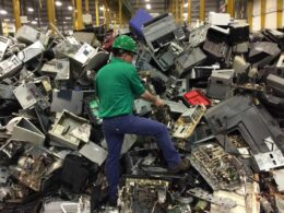 Total electronic waste mass